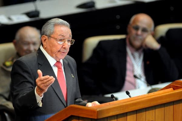 Cuba's Raul Castro steps down as vice president takes over