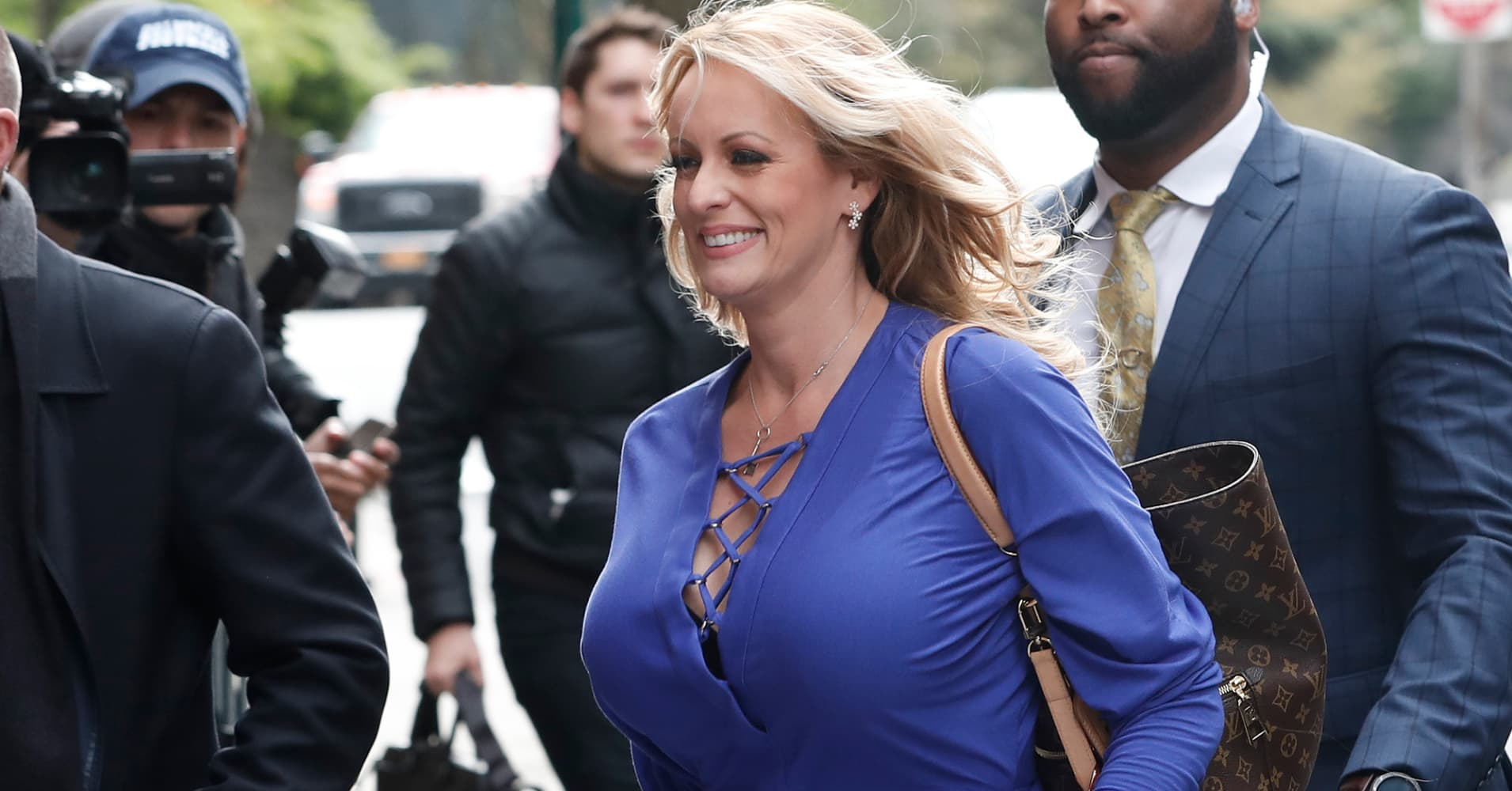 Prosecutors drop criminal case against porn star Stormy Daniels hours after strip-club bust