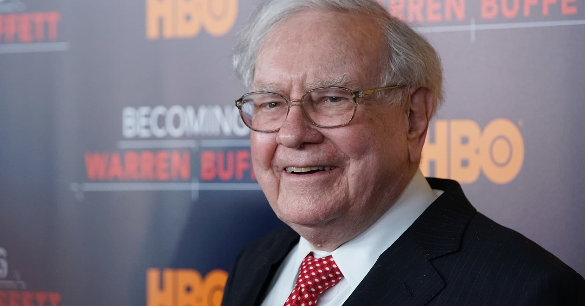 Manage your money like the super-wealthy — 3 habits to steal from Warren Buffett, Mark Cuban and Kevin O'Leary