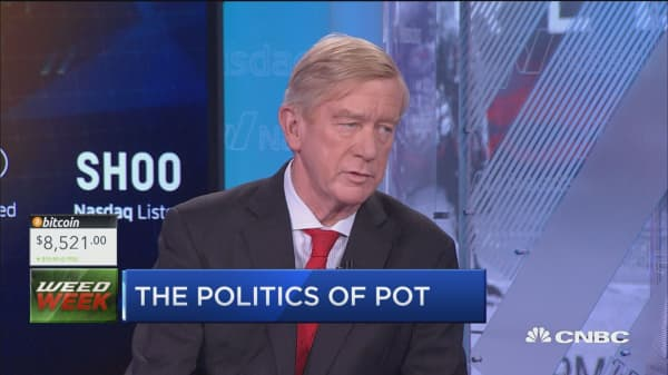 Former Mass. governor pushes to legalize pot