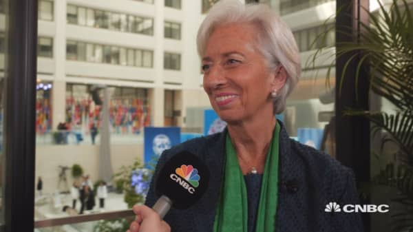 IMF's Lagarde calls for efforts to rebuild trust and curb corruption