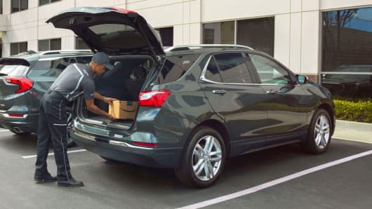 Amazon Key In-Car Delivery offers customers a convenient, time-saving way to receive packages inside their vehicle.