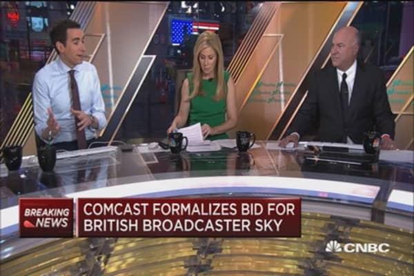 Comcast formalizes bid for Sky
