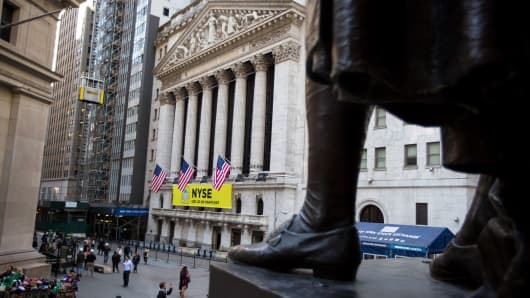 NYSE comes out swinging in SEC pricing test, pitting itself against major pensions and fund managers