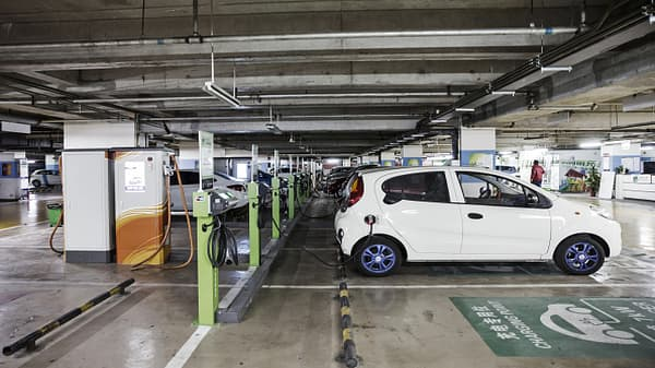 China leads the world in electric vehicle sales