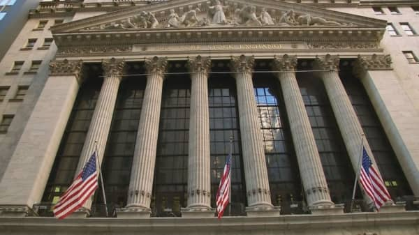 NYSE suspends trading in Amazon, Alphabet on floor because of issue with their $1,000 stock prices