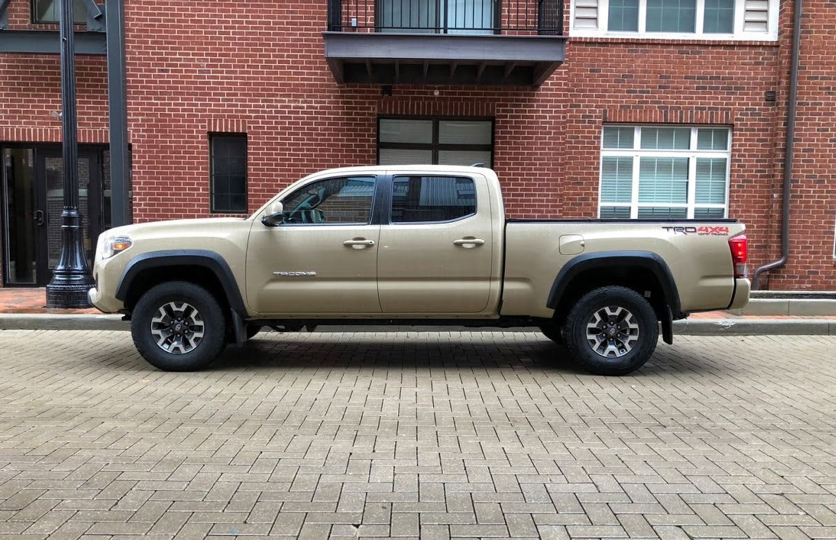 2017 toyota tacoma trd off road quicksand. Black Bedroom Furniture Sets. Home Design Ideas