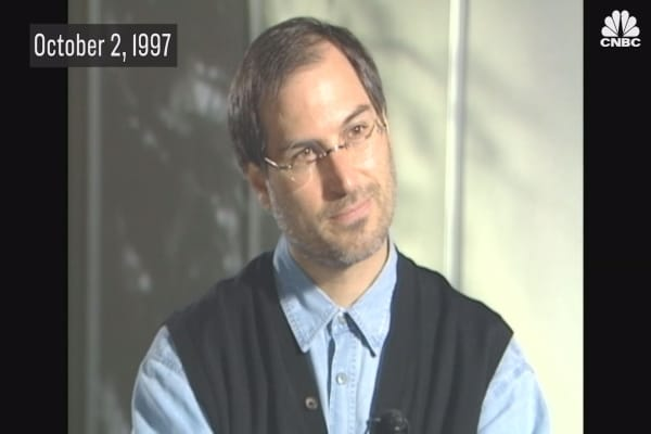 Watch Steve Jobs defend his commitment to Apple on CNBC in 1997