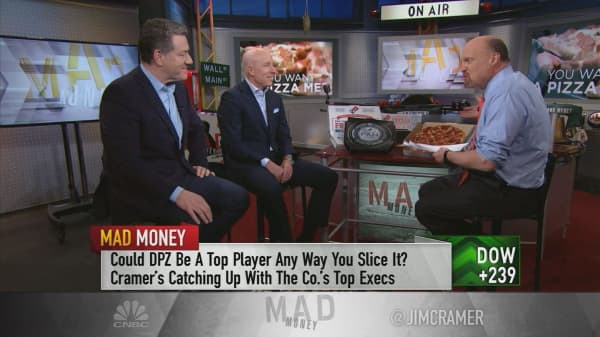 Cramer: Domino's Pizza might have the best earnings report this season