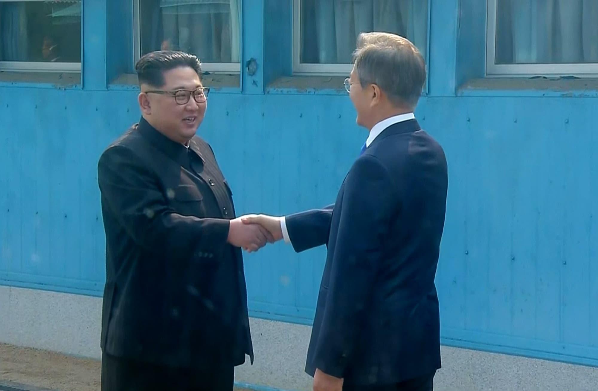 North Korea And South Korea Kim Jong Un And Moon Jae In At Inter