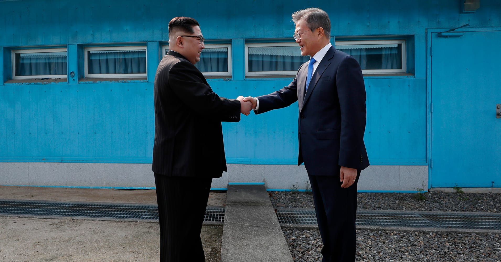 Image of: Korean Drama North Meets South In Historic Summit Of The Koreas