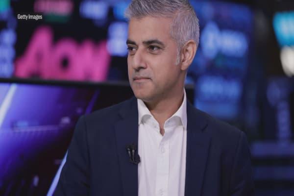 London mayor warns Trump that Britons will voice 'freedom of speech'