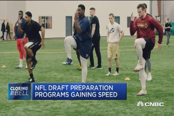 NFL hopefuls train for bigger payouts