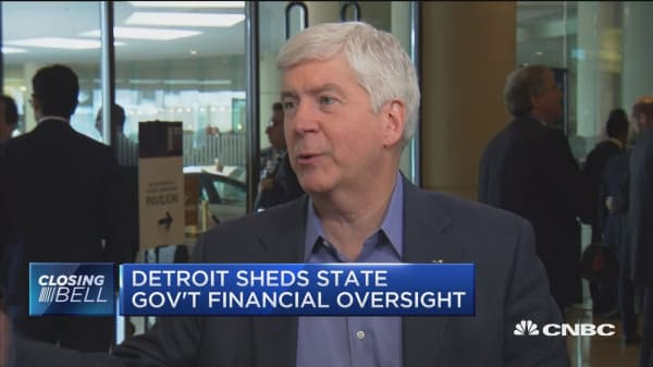 Detroit sheds state government financial oversight