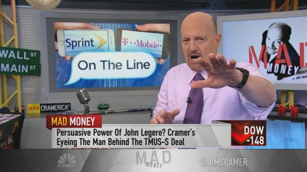 Cramer: T-Mobile's John Legere could be the ticket to Sprint merger approval