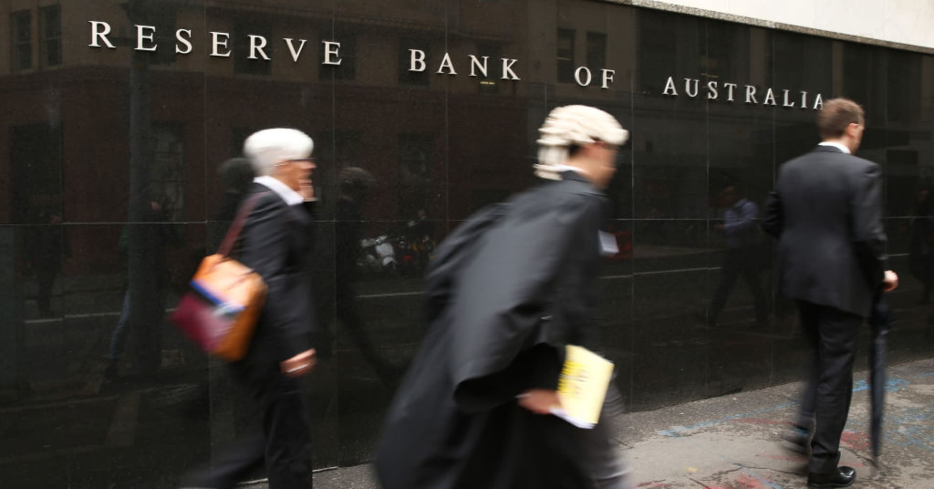 Australia's central bank a 'source of stability' amid political turmoil