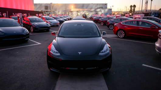 The first deliveries of the Tesla Model 3 on July 29, 2017.