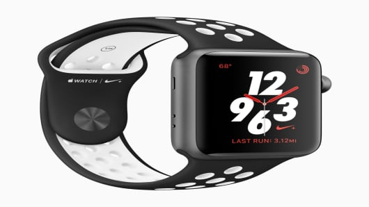Apple Watch Series 3 with Nike sports band
