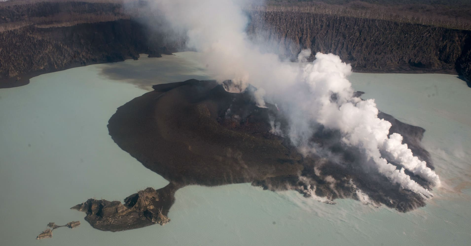 Pacific nation of Vanuatu plans to permanently evacuate entire volcanic island