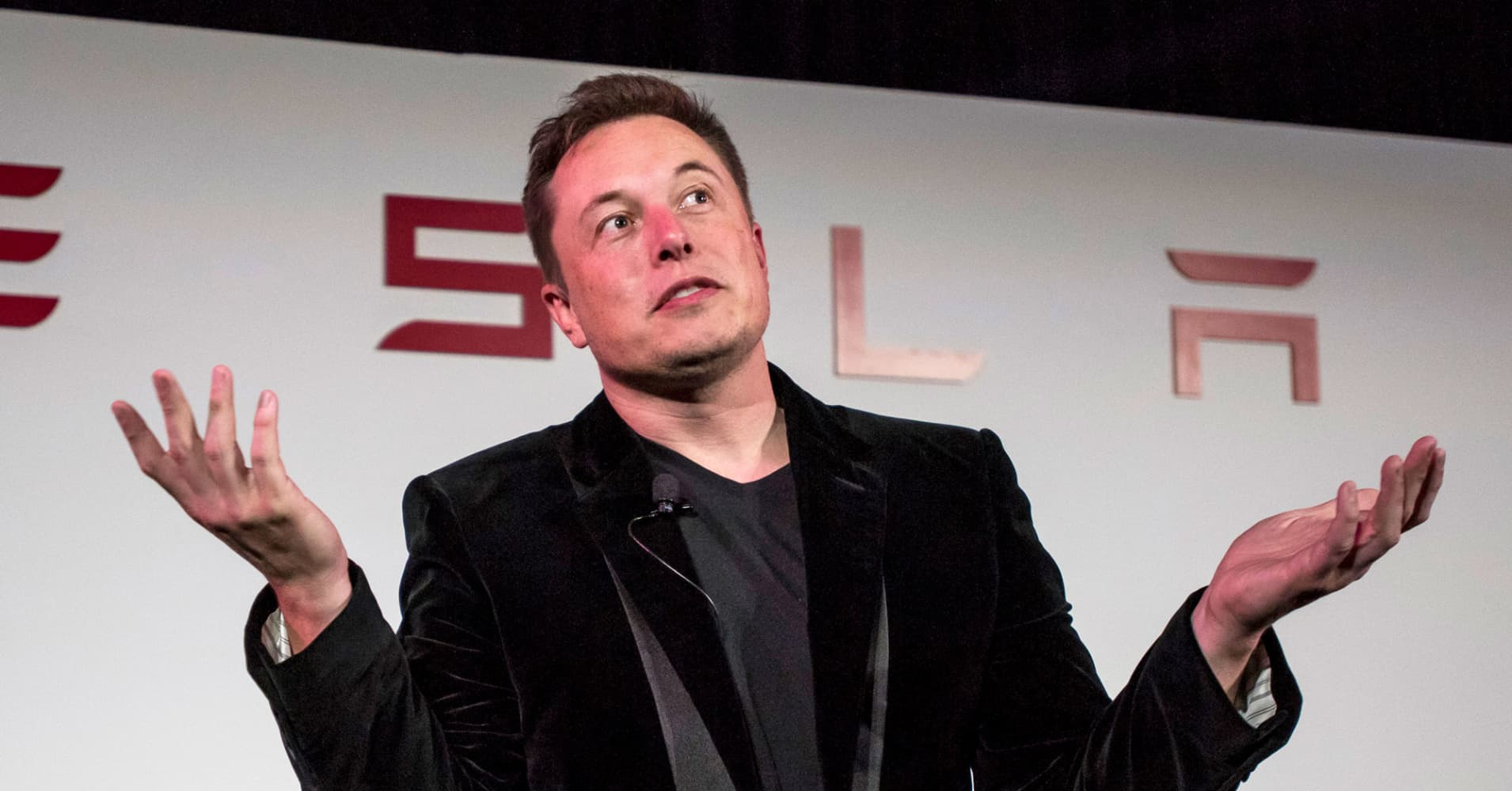 Elon Musk asks this simple interview question to tell when an applicant is lying