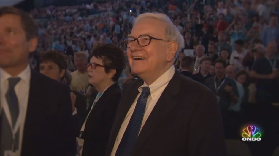 Warren Buffett: Investor. Teacher. Icon.