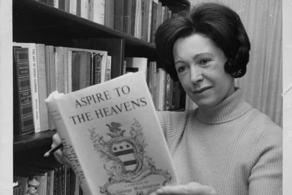 Author Mary Higgins Clark