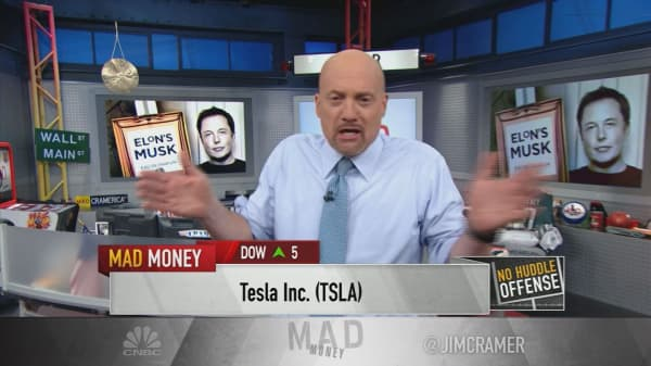 Cramer thanks Tesla CEO Elon Musk 'for telling the truth' after boorish conference call