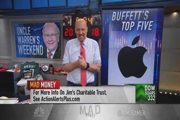 Cramer reviews Berkshire Hathaway's top 5 stock positions in light of Buffett-run shareholder meeting