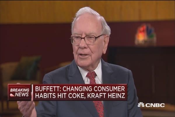 Buffett: Changing consumer habits hit Coke, Kraft Heinz