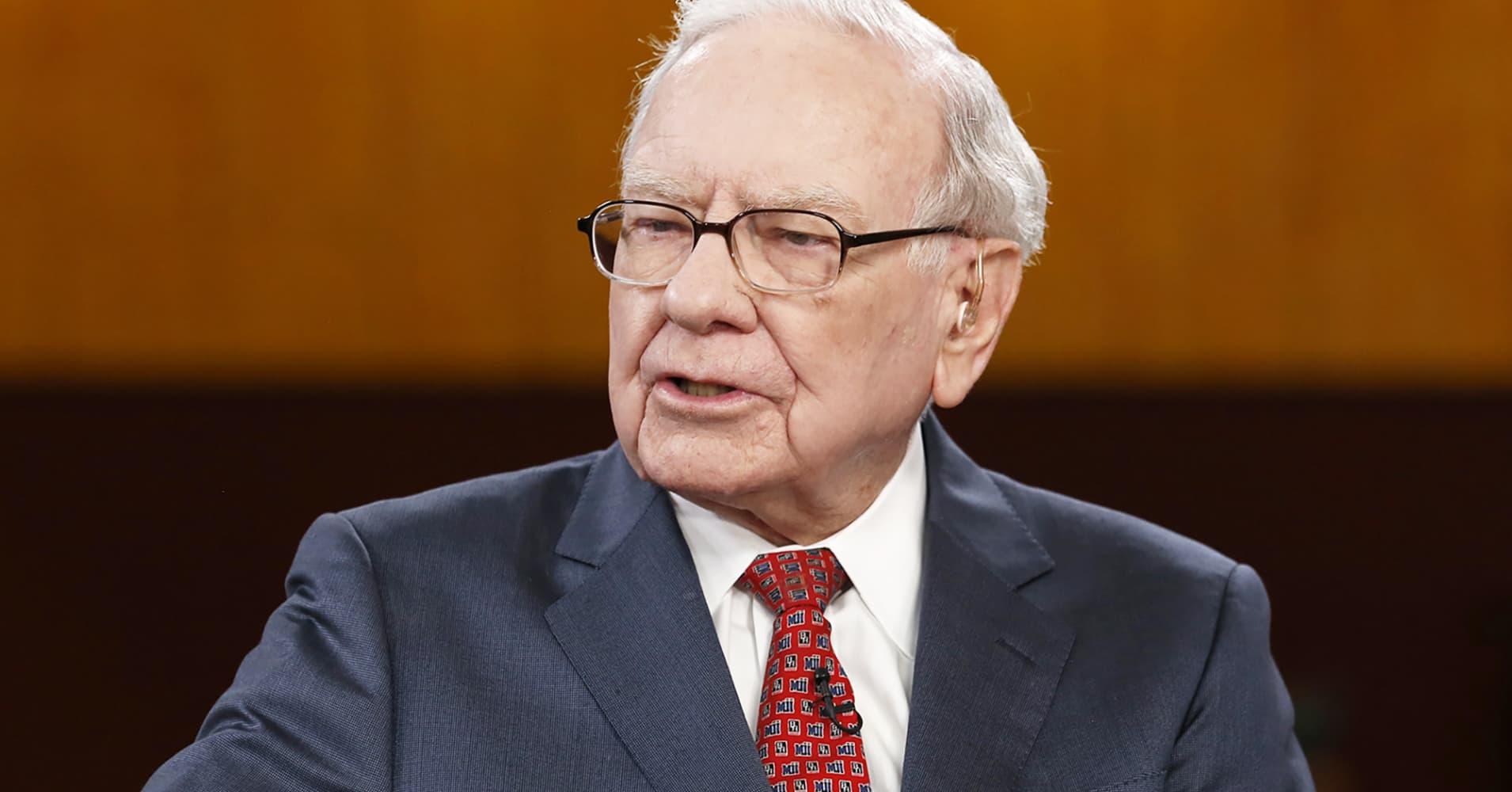 Berkshire Hathaway shares look really cheap using Warren Buffett's own method of valuing stocks