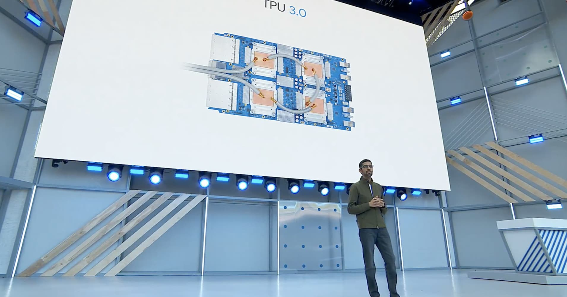 Google launches the third version of its A.I. chips, an alternative to Nvidia's