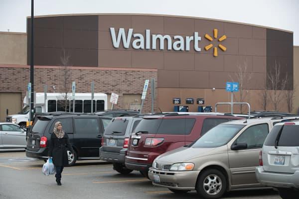 Walmart agrees to buy majority stake in Flipkart for $16 billion