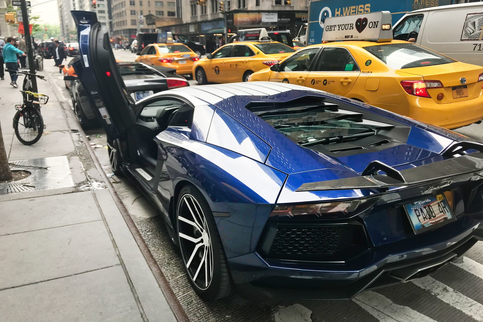 Those Lambos Parked At The Bitcoin Conference Are Just A Promotion