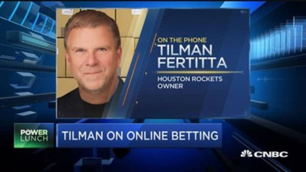 Tilman Fertitta: Regional casinos will do better on sports betting ruling