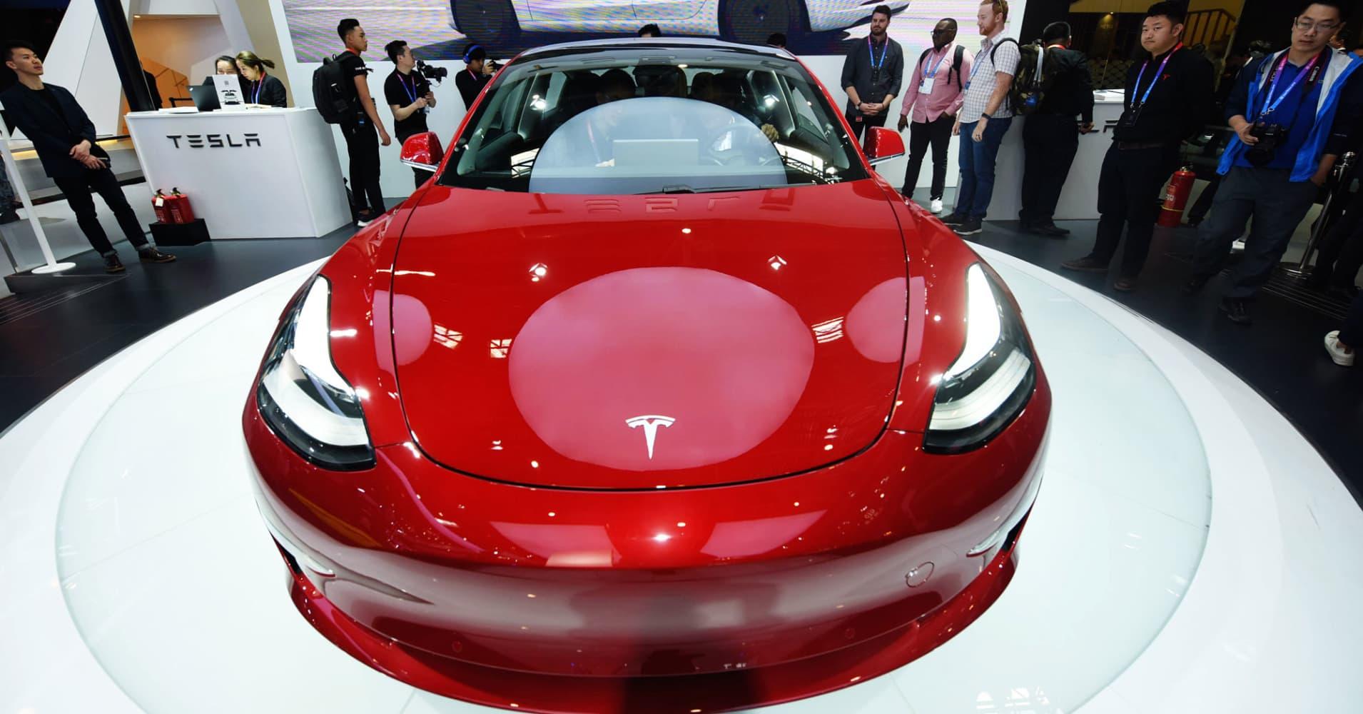Tesla opens Model 3 sales in Mexico