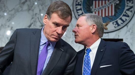Chairman Richard Burr, R-N.C., right, and ranking member Sen. Mark Warner, D-Va. of the Senate (Select) Intelligence Committee.