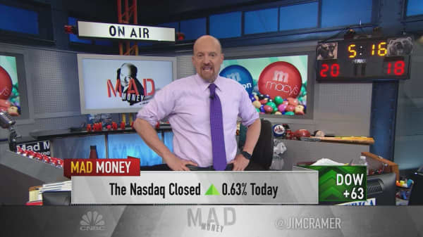 Cramer explains how Micron and Macy's stocks sparked a rally