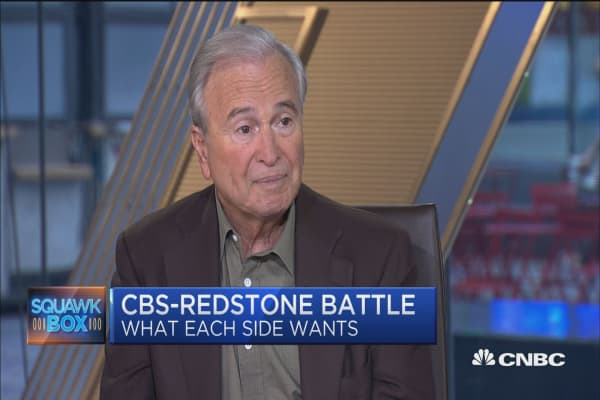 The battle between Moonves and Redstone is like having two scorpions in a bottle, says Ken Auletta
