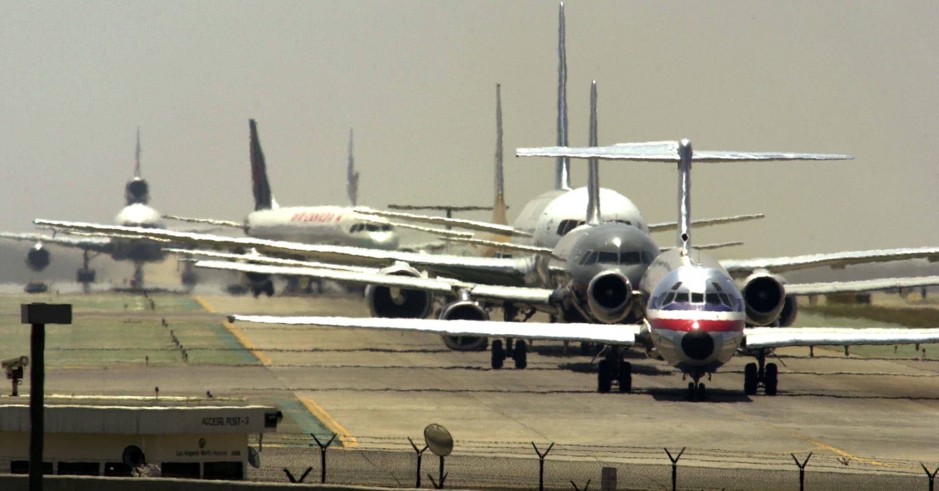 Airlines get higher fuel bills just as busy summer flying season approaches
