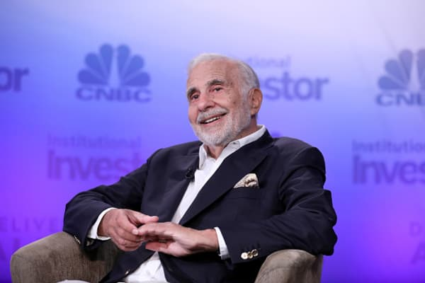 Herbalife plunges after Carl Icahn said he is lowering his stake in the company