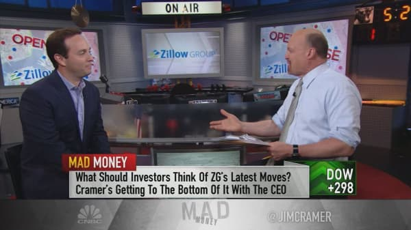 Zillow's move into flipping homes is like Netflix's move into originals, CEO says