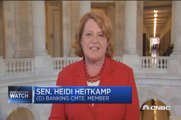 Sen. Heitkamp: Bank reform bill puts community banks back in the mortgage lending business