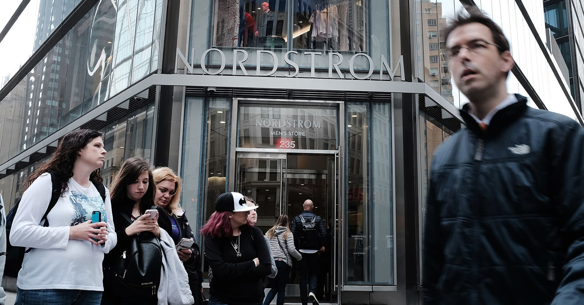 Nordstrom q2 2018 earnings beat expectations