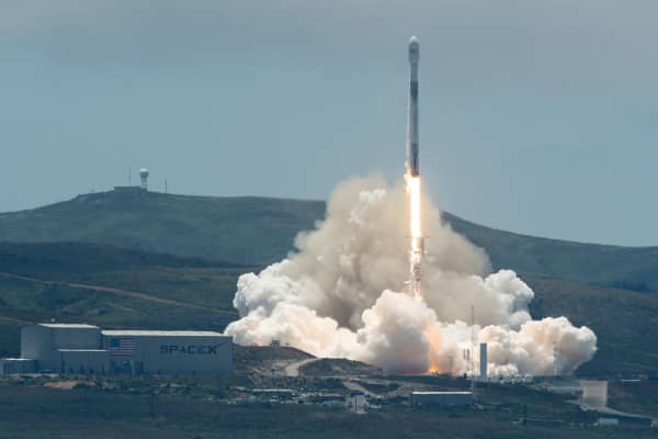 A SpaceX Falcon 9 rocket lifts off carrying the NASA/German Research Centre for Geosciences GRACE Follow-On spacecraft from Space Launch Complex 4E at Vandenberg Air Force Base, California, U.S., May 22, 2018.