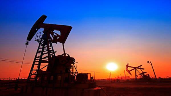 Crude oil inventories up 5.8 million barrels