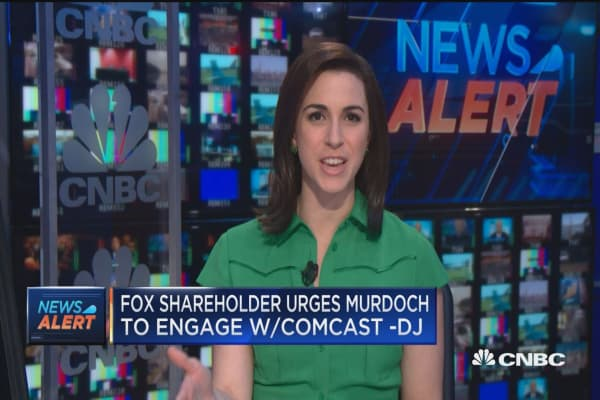 Activist investor urges Murdoch to engage with Comcast for Fox deal