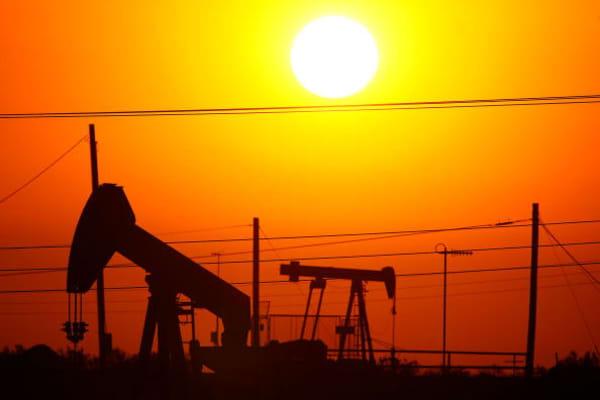 Crude slump hits energy ETFS