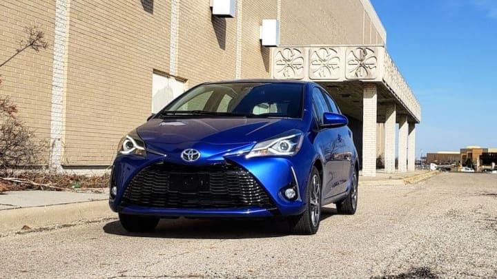 Spiegel Toyota Yaris : Toyota yaris review