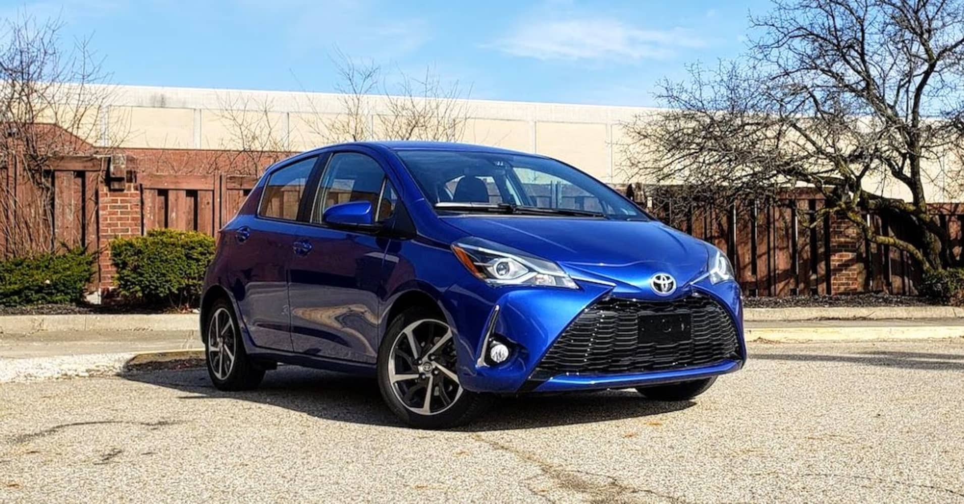 2018 toyota yaris review. Black Bedroom Furniture Sets. Home Design Ideas