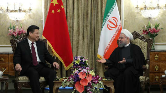 Chinese President Xi Jinping and Iranian President Hassan Rouhani at a meeting at Saadabad Palace in Tehran, Iran on January 23, 2016.
